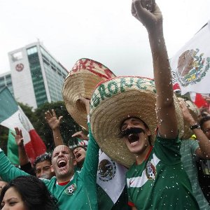 Mexicans-celebrate120811R300